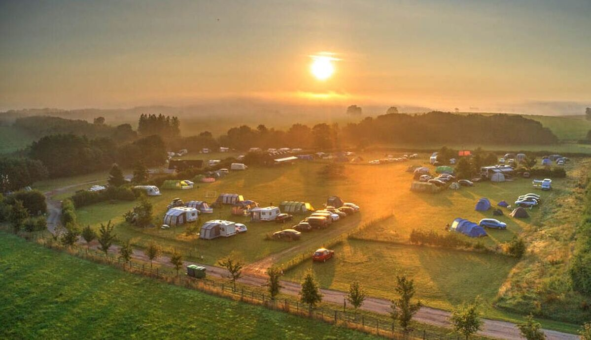 exclusive site hire campsite self catering lodges glamping grop bookings pricing